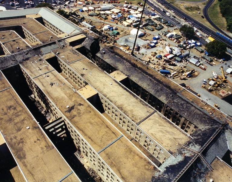 [Bild: 9-11-pentagon-overhead]